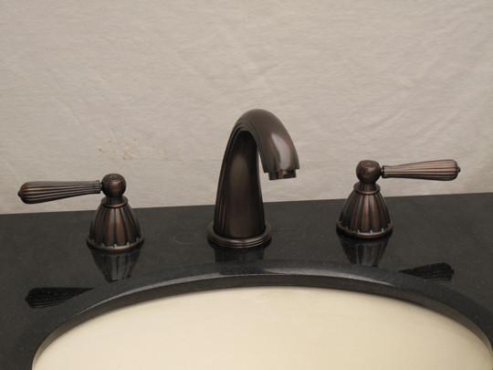 Derossi Venetian Bronze Bathroom vanity Faucet